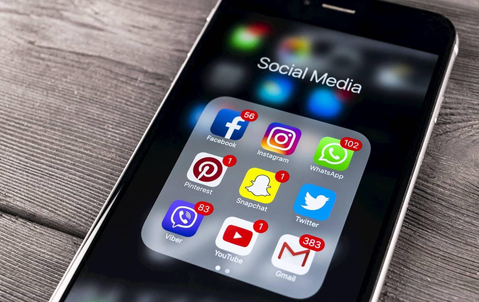 socia media dezember 2020